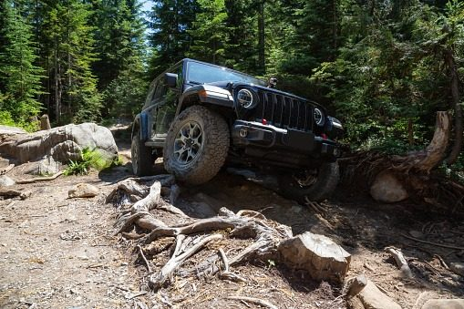 What Are Benefits Of Having Good Suspensions In Your 4×4 Ride?